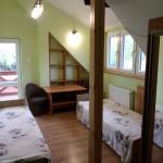 15.a. pokój z łazienką obok ,opcja na 2 spania